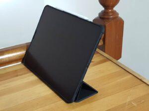 Spigen Tri-Fold Cover Positions